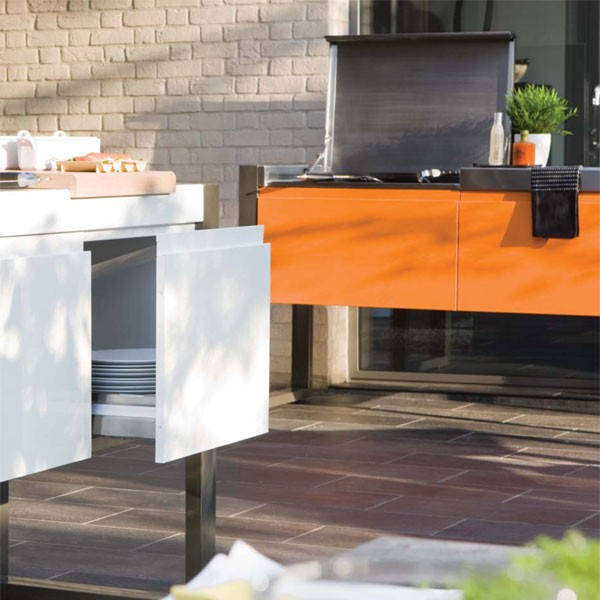 cuisine d 39 exterieur avec plancha 1800 jardinchic. Black Bedroom Furniture Sets. Home Design Ideas