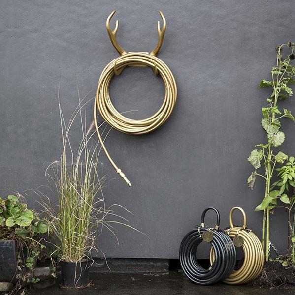 Support mural deluxe pour tuyau d 39 arrosage jardinchic - Porte tuyau d arrosage mural ...