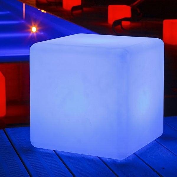 Lampe poser cube jardinchic for Luminaire exterieur cube
