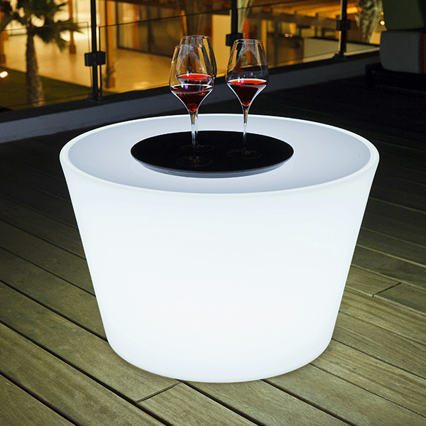 table basse lumineuse bass jardinchic. Black Bedroom Furniture Sets. Home Design Ideas
