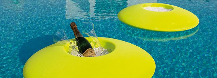 Accessoires piscine accessoires design objets d co for Accessoires piscine
