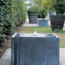 Fontaine Zinc Cubique Face Domani JardinChic