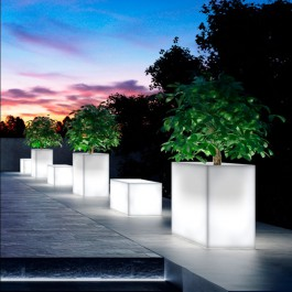 Jardinières Kube High Lumineuses Euro3plast Jardinchic