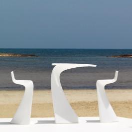 Table Haute Wing Blanc et Tabourets Hauts Wing Blancs Vondom JardinChic