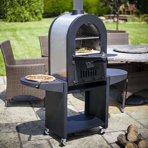 four pizza jardinchic. Black Bedroom Furniture Sets. Home Design Ideas