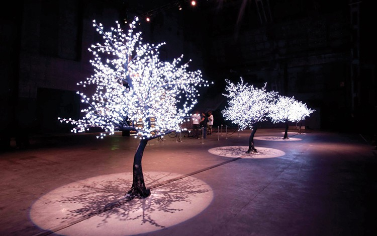 arbre pommier lumineux jardinchic. Black Bedroom Furniture Sets. Home Design Ideas