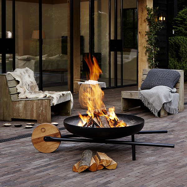 bras ro barbecue barrow jardinchic. Black Bedroom Furniture Sets. Home Design Ideas