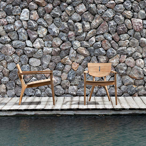 fauteuil bas avec accoudoirs diuna jardinchic. Black Bedroom Furniture Sets. Home Design Ideas