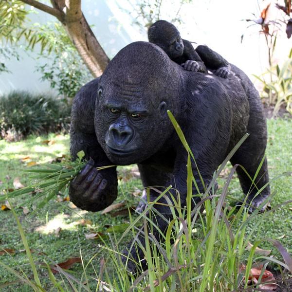 Statue Gorille avec Bébé Tex Artes JardinChic