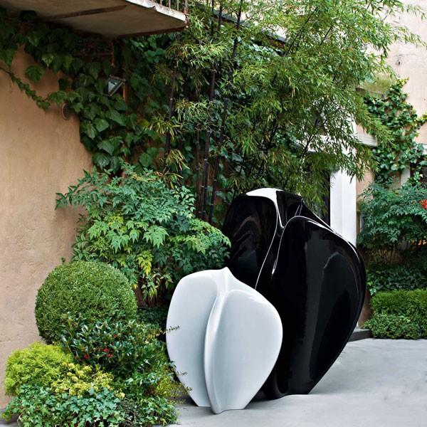 Statue Flow Blanc Noir Serralunga JardinChic