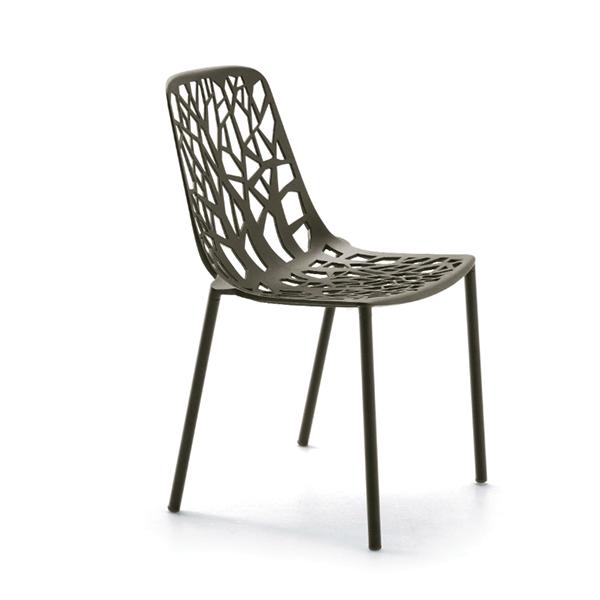 Lot de 4 chaises forest jardinchic for Designer stapelstuhl