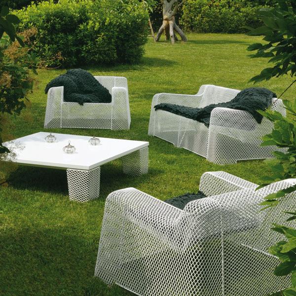 Salon de jardin ivy 1 canap 1 fauteuil 1 table basse for Emu salon jardin