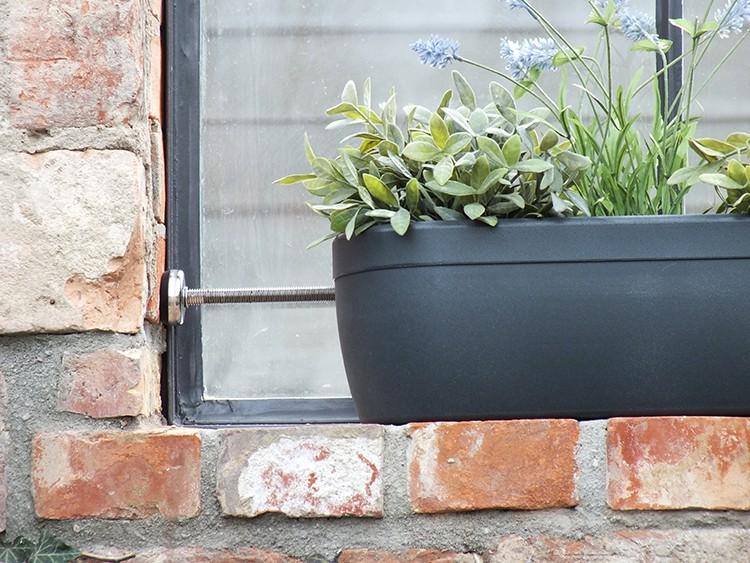 Jardini re pour rebord de fen tre windowgreen jardinchic - Fixation jardiniere fenetre ...