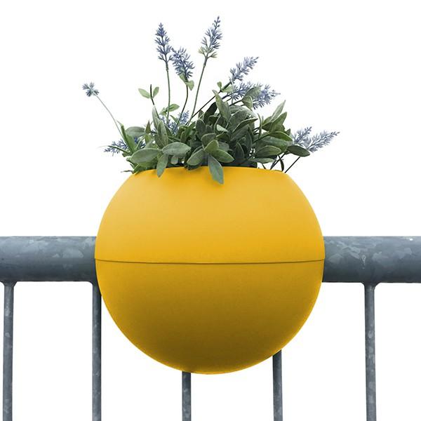 pot de balcon ballcony bloomball jardinchic. Black Bedroom Furniture Sets. Home Design Ideas