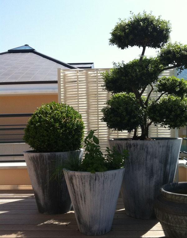 pot zinc cone large jardinchic. Black Bedroom Furniture Sets. Home Design Ideas