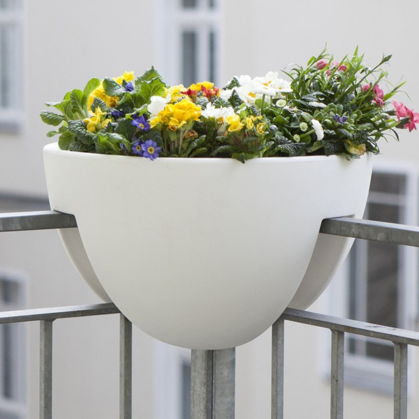 pot pour balcon d 39 angle eckling jardinchic. Black Bedroom Furniture Sets. Home Design Ideas