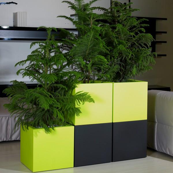 pot carr kube avec r serve d 39 eau jardinchic. Black Bedroom Furniture Sets. Home Design Ideas