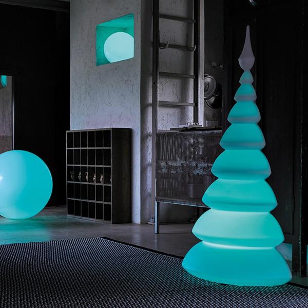 demi sapin lumineux treesmust led rgb sur batterie. Black Bedroom Furniture Sets. Home Design Ideas