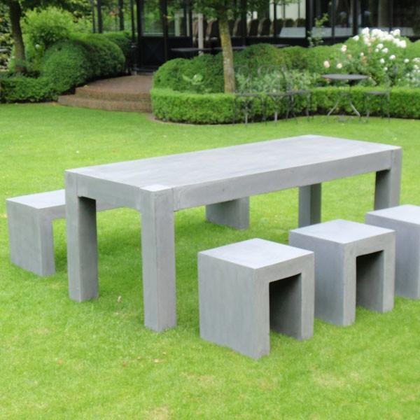 ensemble table de repas banc et tabourets jardinchic. Black Bedroom Furniture Sets. Home Design Ideas