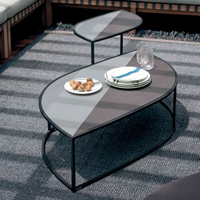 Table Basse Leaf Plateau Grès Structure Smoke et Table d'appoint Leaf Plateau Grès Structure Smoke Roda Jardinchic