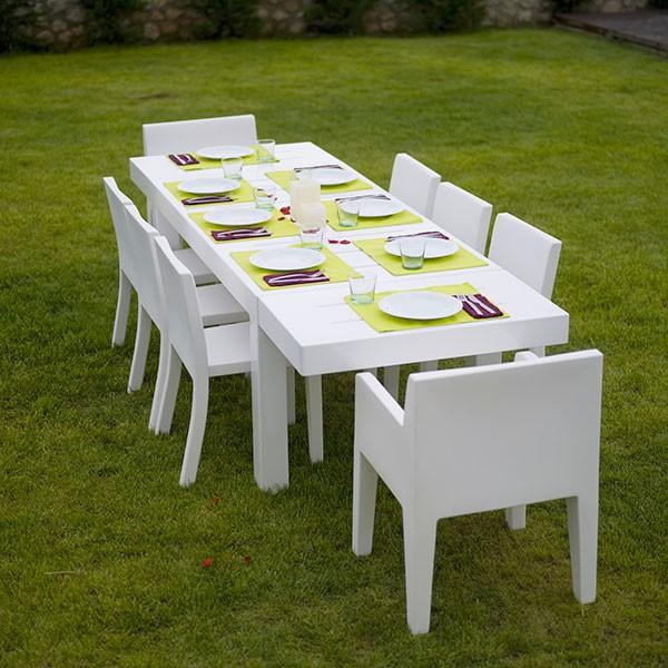 Table De Repas Jut 280cm Blanc avec Chaises Jut et Chaise avec Accoudoirs Jut (vendues séparément) Vondom Jardinchic