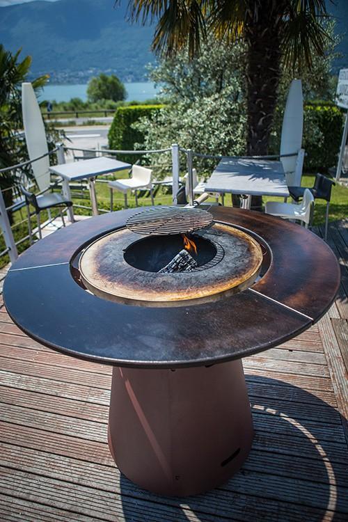 table haute bras ro plancha fusion bois jardinchic. Black Bedroom Furniture Sets. Home Design Ideas