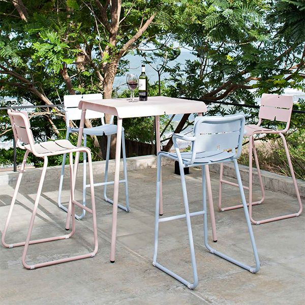 Tabouret de bar corail jardinchic for Tabouret table haute