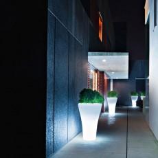 Pot Ming Extra High Lumineux Ambiance Serralunga JardinChic