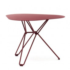 Table basse triangulaire Tio Rouge Massproductions JardinChic