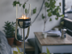 media/slideshow/slideshow4/gravity-candle-hofats-jardinchic.jpg